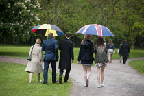 29-05-2013 - Schoolboy and family at Eton College. © Philip Wolmuth