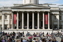 08-19-2014 - Tourists outside the National Gallery, Trafalgar Square, London. © Philip Wolmuth