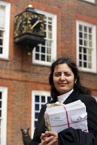 21-12-2006 - Poonam Bhari, barrister specialising in family law, outside her chambers in London. © Joanne O'Brien
