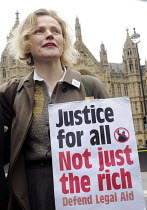 07-03-2014 - Save Legal Aid rally opposite Parliament. Grayling Day. Westminster. London. Actor, Maxine Peake, who plays QC Martha Costello in BBC TV's drama, 'Silk' in support of the rally against cuts to legal a... © Stefano Cagnoni