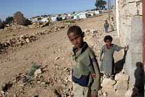06-09-2005 - Ethiopian children in the town of Zala Anbessa largely destroyed in the border war between Ethiopia and Eritrea, Ethiopia 2004 © Boris Heger