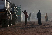 06-09-2005 - UNHCR repatriation of Somali refugees from camps in Ethiopia where they have lived since the 1990s when more than six hundred thousand refugees had fled Somalia. The refugees are returning to north we... © Boris Heger