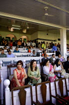 02-02-2007 - The Mumbai Derby, where the citys rich and famous come to watch the horse racing and bet. Gambling in India is largely illegal. © Tom Parker