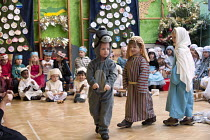 15-12-2012 - Shepherds. Reception class performing a Nativity play, Kings Heath Primary School, Birmingham © Timm Sonnenschein
