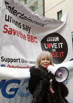 23-11-2015 - BBC Love It or Lose It Campaign. Fans of BBC TV programme Dr Who protest in support of the BBC outside Broadcasting House. Katy Manning actor who played assistant to Dr Who Jo Grant, speaking to the p... © Stefano Cagnoni