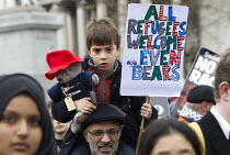19-03-2016 - Paddington Bear, Stand Up to Racism National Demonstration - Refugees Welcome, Stand Up to Racism, Islamaphobia, anti-Semitism and fascism. Central London. © Jess Hurd
