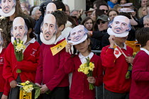 23-04-2016 - Pupils Mask Moment as they wear the face of Shakespeare. Commemorating 400th anniversary of William Shakespeare, Shakespeare's Birthday Celebrations, Stratford-upon-Avon  �  © John Harris