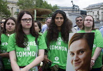 22-06-2016 - Oxfam members, Memorial event to celebrate the life of murdered Labour MP, Jo Cox. Love Like Jo, Trafalgar Square, London. © Stefano Cagnoni