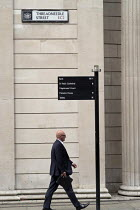 18-08-2016 - Street signpost to Bank of England, Threadneedle Street, City of London. © Philip Wolmuth