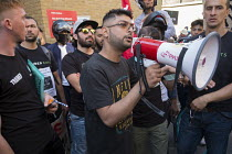 26-08-2016 - Striking UberEats food delivery couriers protest outside the groups London HQ over pay cuts. © Philip Wolmuth