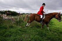 11-09-2004 - The South Durham Hunt Trimdon, Co Durham © Mark Pinder