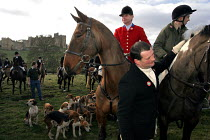19-02-2005 - Huntsmen from the Percy Hunt Alnwick, Northumberland, 19/2 2005. The day after the hunting ban. © Mark Pinder