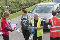 07-09-2016 - Unite Community members recruiting Sports Direct workers Shirebrook, Derbyshire © John Harris
