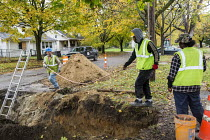 03-11-2016 - Flint, Michigan USA Replacing lead and galvanized steel water pipes to 800 homes. The water supply became contaminated with lead after state officials decided in 2014 to take drinking water from the F... © Jim West