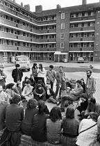 05-10-1980 - Meeting of squatters who took over part of housing estate, Kennington, South London 1980 © NLA