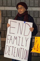 07-01-2017 - California, USA People of faith vigil outside the Richmond Immigrant Detention Center, where immigrants are held before being deported. © David Bacon