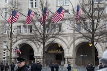 20-01-2017 - Washington, DC USA - 20 January 2017 - Police guarding the Trump International Hotel as Donald Trump is inaugurated as president © Jim West