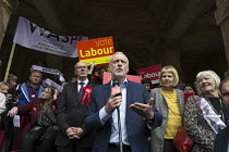 08-05-2017 - Jeremy Corbyn MP speaking general election campaign meeting Leamington Spa. PPC Matt Western (L) © John Harris