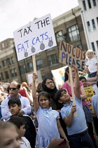 24-05-2017 - The Big School Assembly against education cuts, Mile End Park, Tower Hamlets, East London. Tax the Fat Cats © Jess Hurd