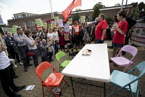 02-09-2017 - Ian Hodson BFAWU speaking rally outside McDonalds HQ ahead of a strike by workers, East Finchley, London. Fast Food Rights Campaign want 10 pounds an hour, end to zero hour contracts and union rights © Jess Hurd