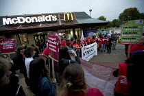 04-09-2017 - Ronnie Draper BFAWU speaking, McDonalds workers strike, Crayford, South East London. Fast Food Rights Campaign want 10 pounds an hour, end to zero hour contracts and union rights © Jess Hurd