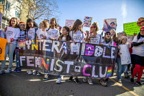 20-01-2018 - California USA Womens march protest against sexual harassment, violence against women and the presidency of Donald Trump. Teenage children, Interamiddle Feminist Club © David Bacon