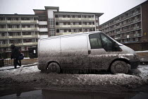 03-03-2018 - Filthy, frozen vehicles due to a burst water main, Globe Town, East London © Jess Hurd