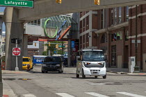 28-06-2018 - Detroit, Michigan USA. Self driving vehicle transporting workers. May Mobility vehicles take employees of Quicken Loans and affiliated companies from a parking garage to downtown offices. The vehicles... © Jim West