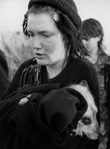 29-10-1983 - Animal Rights activists raiding a Silver Fox breeder, Cocksparrow Farm, Lea Marston, Warwickshire 1983. East Midlands Animal Liberation Front broke into a controversial farm that breeds silver foxes f... © John Harris