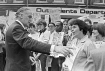 03-10-1979 - Conservative Gerald Vaughan confronting health workers from St Olave's and Guys Hospital, angry about cuts and closures, London 1979 © NLA