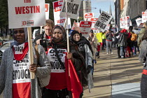 20-10-2018 - Detroit, Michigan USA Marriott Hotel workers strike against low pay Westin Book Cadillac hotel. Workers want better wages, so they do not have to work more than one job © Jim West