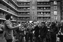 15-11-1980 - Piers Corbyn speaking to Kilner House squatters 1980. Squat Against Sales Campaign against the first GLC council house sales, Stockwell, South London © Martin Mayer