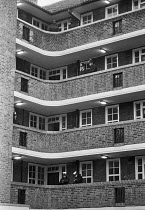 09-01-1981 - Squatters evicted from Kilner House, Kennington, South London 1981 by bailiffs supported by police who secured the estate. The squat was large, well-organised and peaceful. The flats were later refurb... © NLA