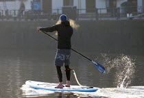 21-03-2018 - Stand up paddle boarding, Bristol docks © Paul Box