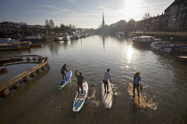 21-03-2018 - Stand up paddleboarding, Bristol docks © Paul Box