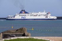 06-04-2017 - P&O ferry arriving at the Port of Dover © Paul Box