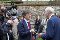 15-11-2018 - BBC political editor Nick Watt interviewing Vince Cable MP, College Green, Westminster, London, on the day of four ministerial resignations over Brexit deal. © Philip Wolmuth