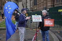 05-12-2018 - Leave Means Leave. Pro and anti-Brexit protesters arguing outside the Houses of Parliament as MPs debate Brexit deal, Westminster, London. © Philip Wolmuth