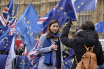 15-01-2019 - NOW online news presenter, College Green as Parliament prepares to vote on Brexit, Westminster, London © Philip Wolmuth