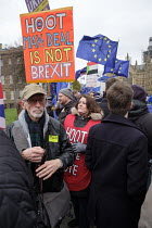 15-01-2019 - Pro and Leave protest as Parliament prepares to vote on Brexit, Westminster, London © Philip Wolmuth