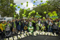 14-06-2019 - Families and friends of those who died in the Grenfell fire on the 2nd anniversary release balloons, Kensington, London. © Jess Hurd