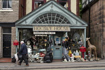 10-06-2019 - Housey House, antiques and gifts, Leek, Staffordshire © John Harris