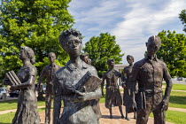 17-05-2019 - Little Rock, Arkansas, USA: Testament a sculpture honoring the Little Rock Nine -black students who integrated Little Rock Central High School in 1957 despite threats and violence from those who wante... © Jim West