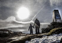 03-02-2019 - Family walking up The Sugar Loaf mountain, Abergaveny, Wales © Paul Box
