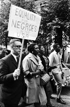 09-03-1963 - Solidarity with American Civil Rights Movement protest, 1963, Notting Hill, London. Equality for Negroes in the USA © Romano Cagnoni