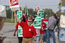 16-09-2019 - Detroit, Michigan, USA: striking UAW workers picketing GM Detroit-Hamtramck Assembly Plant on the first day of their strike. The plant is one of those that GM says it will close. The main issues in th... © Jim West