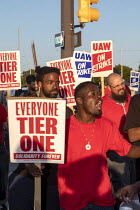 18-09-2019 - Detroit, Michigan, USA: striking UAW workers picketing GM Detroit-Hamtramck Assembly Plant. The main issues in the strike include plant closures, low wages and the two-tier pay structure © Jim West