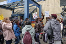 28-10-2019 - UVW pay and conditions strike, Sodexo, St. Mary's Hospital, London. Migrant cleaners, caterers and porters outsourced by Imperial College Healthcare NHS Trust to French multinational Sodexo, demanding... © Philip Wolmuth