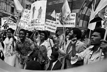 10-09-1979 - Protest, independence conference on Zimbabwe, London 1979 just before a ceasefire paved the way for talks. © NLA