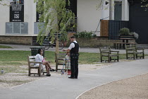 12-04-2020 - Coronavirus pandemic, Police Officers patrolling parks to enforce social distancing and compliance to lockdown restrictions, Barnes, London © Duncan Phillips